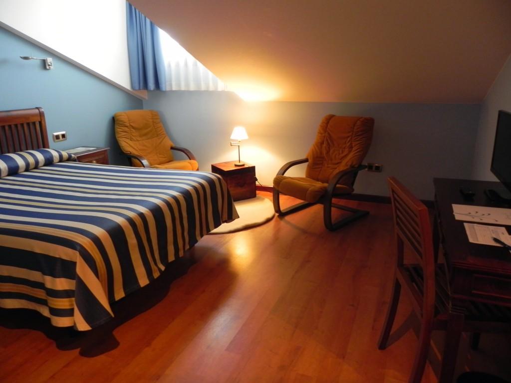 BUFON-DE-ARENILLAS-40-1024x768 Habitación Matrimonial con Hidromasaje